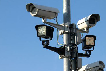 What is the salary of a CCTV technician?