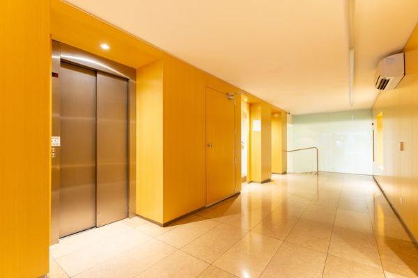 All About the Working of Pneumatic Vacuum Elevators
