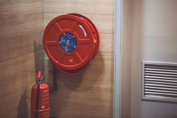 How Does Fire Sand Bucket Extinguishers Protect From Fire?